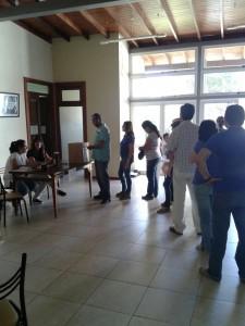 Votación en una mesa de Uruguay